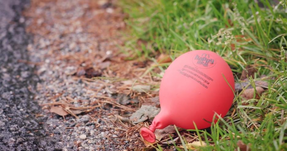 Tchau, Tchau Balões. Vida Longa aos Balões!